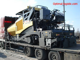 Transport of asphalt pavers